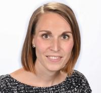 Christina Angster, Klassenvoratand 3a, Mathematik, Bildnerische Erziehung, Berufsorientierung, Physik und Chemie