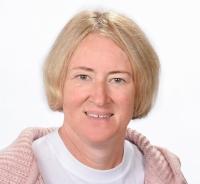 Sandra Brunner, Geografie, Religion (evangelisch), Berufsorientierung
