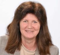 Gabriele Bumberger, Deutsch, Bildnerische Erziehung und Bibliothekarin