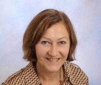 Elfriede Fink, Assistentin