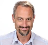 Stefan Raab, Deutsch, Musikerziehung, Geographie und Wirtschaftskunde